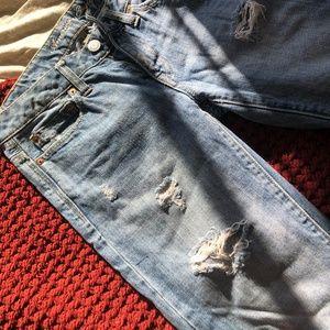 Ripped boyfit jeans